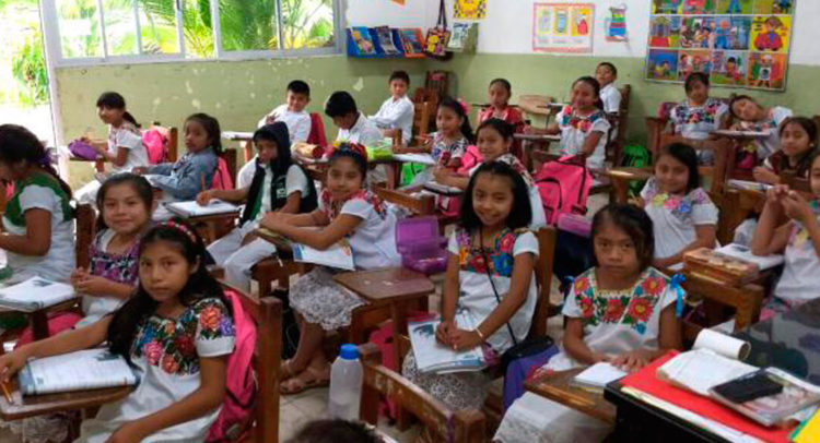 Maya, obligatorio en educación básica en Yucatán