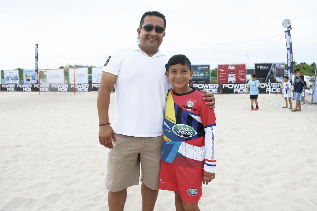 Luis Estrada con Luis Estrada Palomo