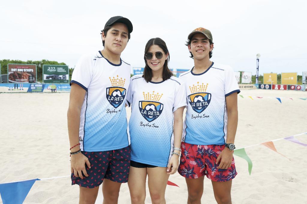 Emiliano Cetina, Paola Pérez y Alfonso P. Cantón