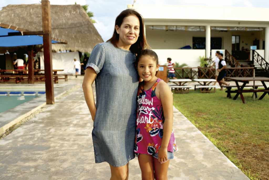 Cameriluz Inzunza y Ximena Morales