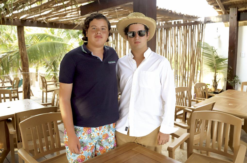 Jesús Medrano de Zavala y Alejandro Villamil Granja