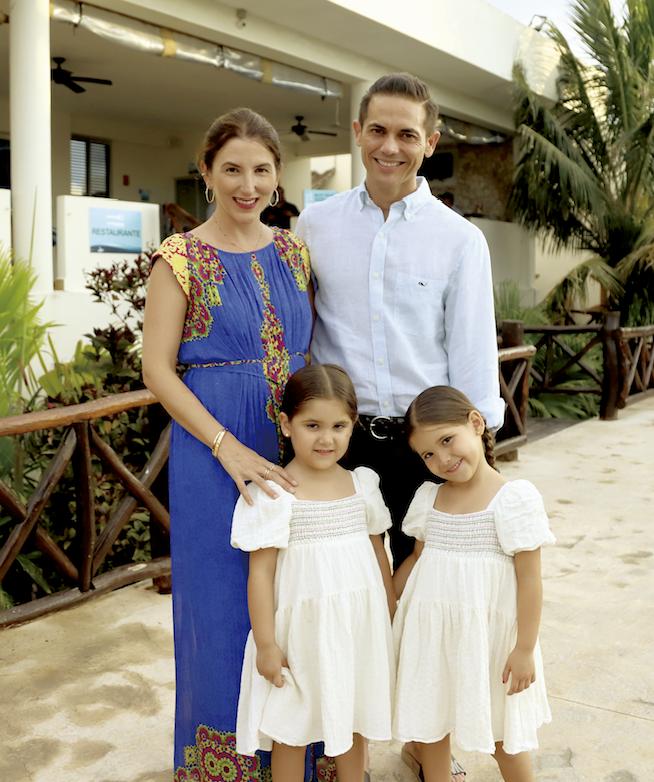 Adriana Lavalle, Juan Carlos Jiménez, Sisi Jiménez Lavalle, Loli Jiménez Lavalle