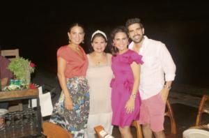 María Fernanda Castellanos de Hernández, Pitina Castellanos de Conde, María Regina Castellanos de Buenfil y Eduardo Castellanos