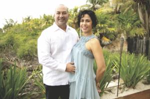 Irving Mendiburu y Nadia Canto