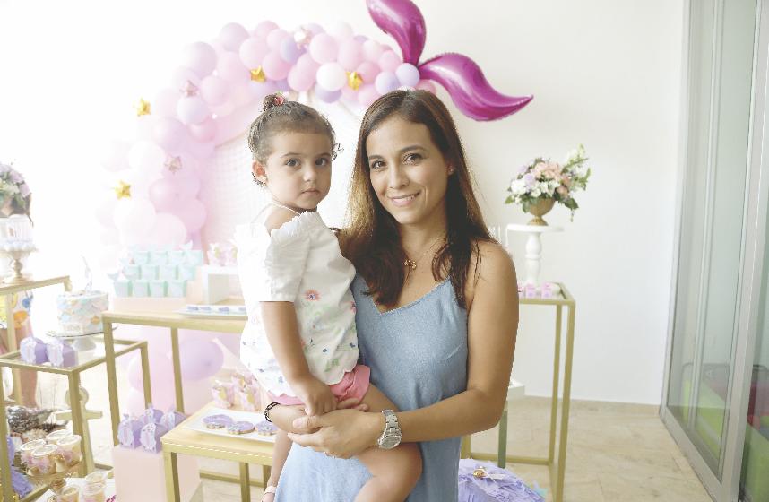 Susana Vidal con Camila Estrada