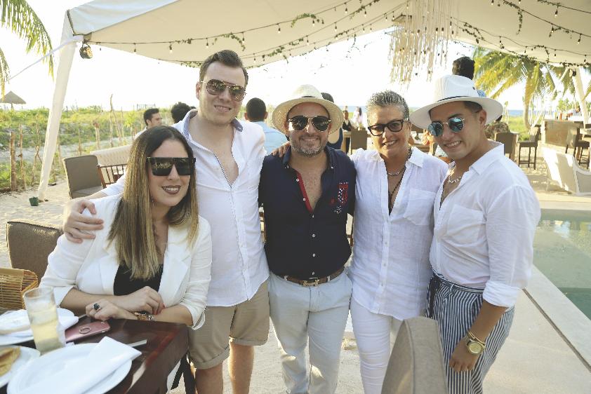 Livier Pacheco, Enrique Góngora, Irak Greene, Ileana Ferráez y Rodrigo Victoria