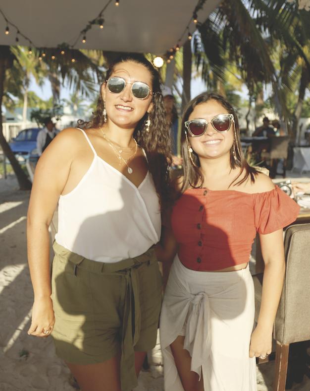 Raquel Namur y María José Castro