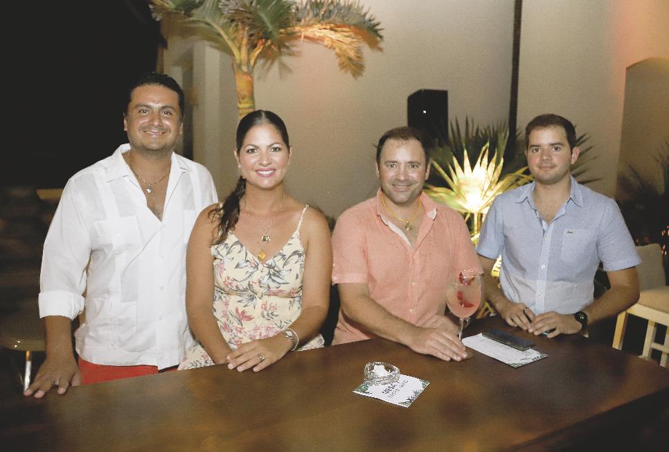 Mario Cerón Gamboa, Melba Sauri Esteban, Rubén Peniche Pasos y Lázaro Valdez