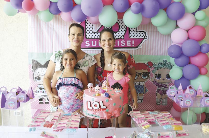 Patricia Laviada, Andrea Cámara Laviada, Valeria Sales Cámara y Alejandrina Sales Cámara