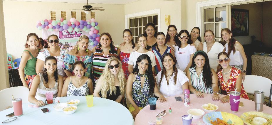 Mamás presentes en la fiesta