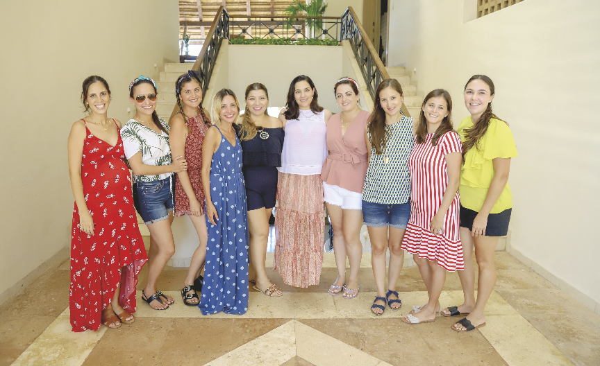 Rosalina G. Cantón, Susana Gutiérrez, Andrea Reyes, Mariana Cámara, Anabel Hadad, Gaby Xacur, Ileana Vallado, Analí Puerto, Carolina Peón y Mariana Pérez