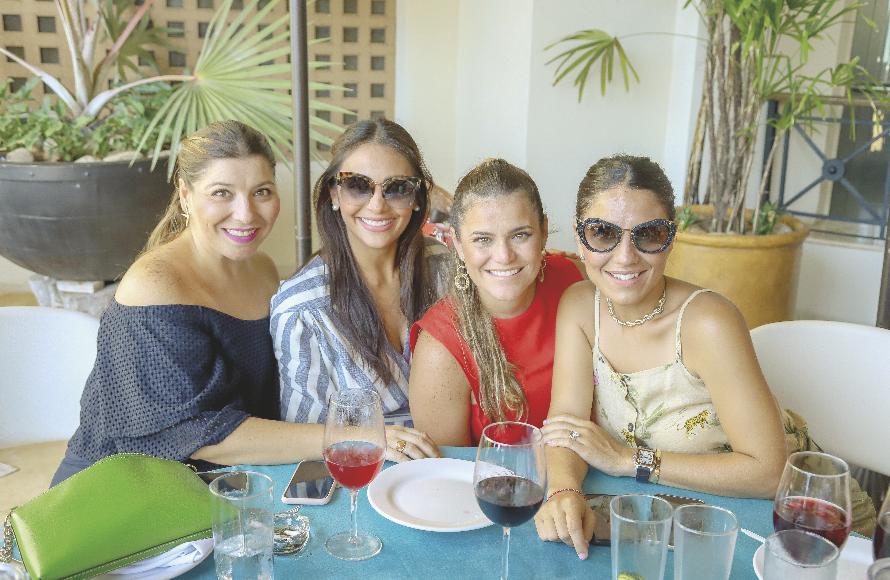 Anabel Hadad, Claudina Guzmán, Valentina Ortiz y María Regina Castellanos