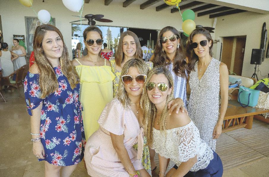 Mariana Rodríguez, Valentina Gómez, Ana Gaby Canto, Patricia Bobadilla, Paulina Nieves, Lourdes G. Cantón y Alejandrina González