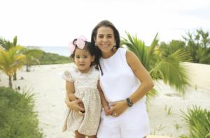 Fabiola Castillo López con Ana Victoria Osorio Castillo