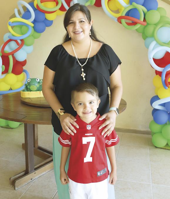 Elizabeth Huesca con Giancarlo Gualino