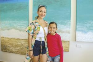 Layda Budip Pérez con Ivanna Mena Budip