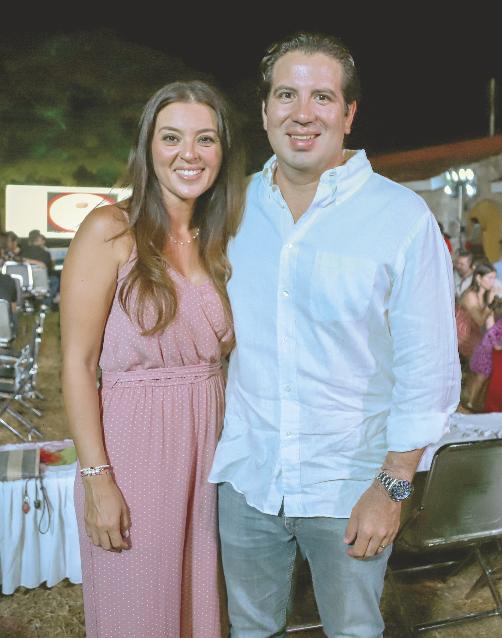 Wendy Montejo y Raúl Barceló Cazola