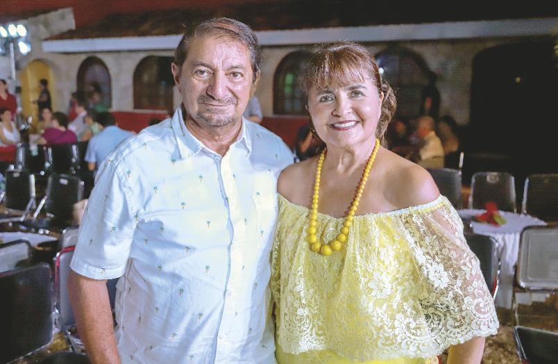 Armando Chami Urcelay y Nonoya Lizárraga De Chami