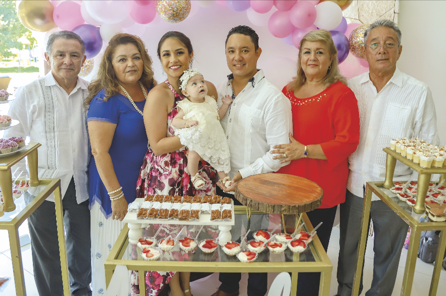 Vicente Correa, Luz Elena Gomez, Ana Cristina Correa con Andrea Young Correa, Mario Young Paz, Isabel Paz Calderón y Mario Young