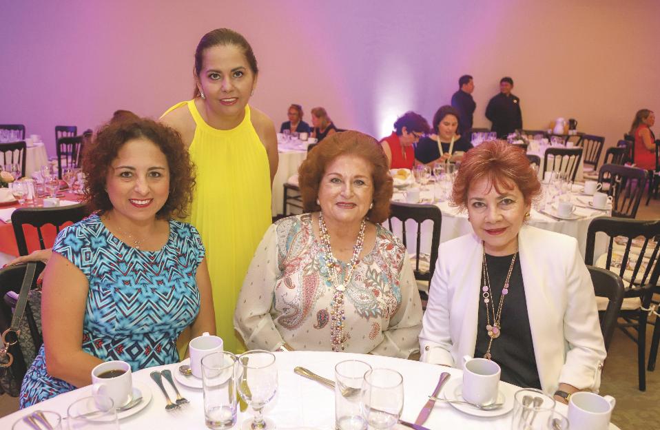 Leydi Amaro Solís, Patricia Loria de Cuevas, Leidy Solís de Amaro y Palomo Bello de Sánchez